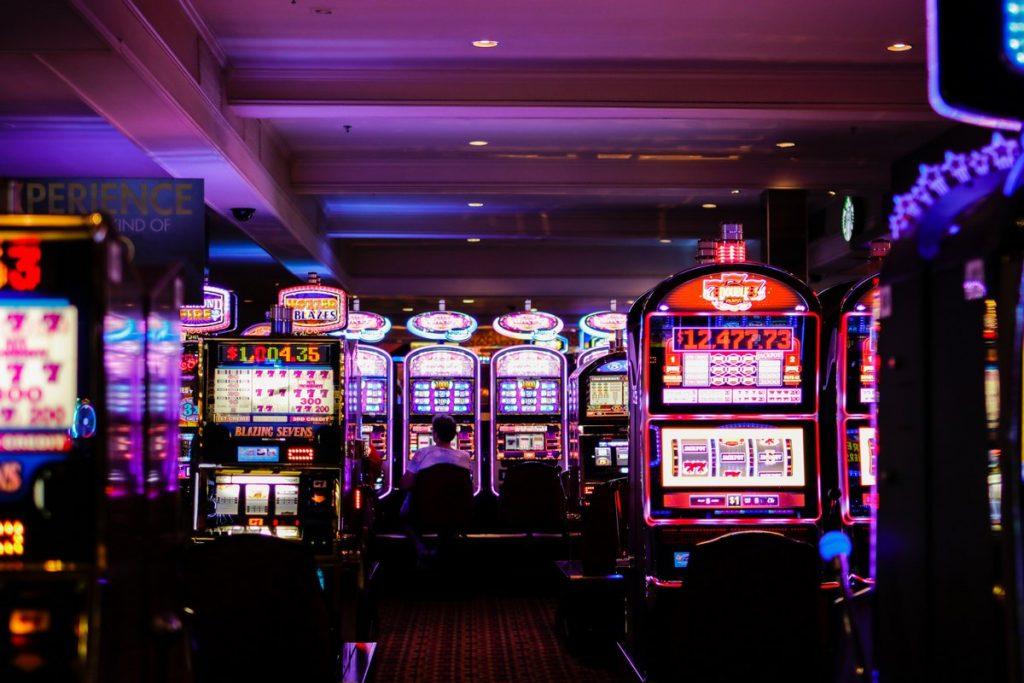 Huikee Casino Arvostelu – pidä hauskaa nopeasti